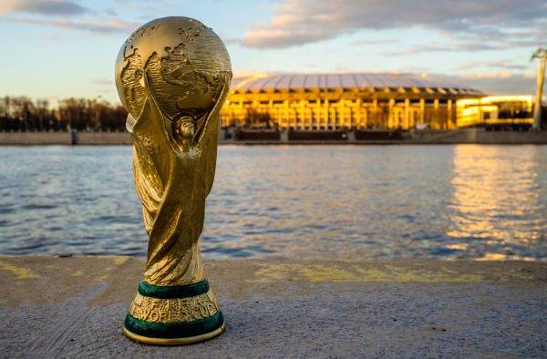 Erguer a Taça da Copa do Mundo é o grande desejo de todas as 32 seleções que participam da competição